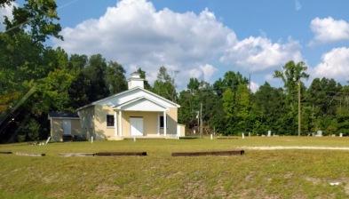 गावातलं चर्च