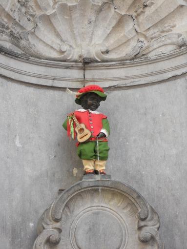 Dressed up Menneken pis on Belgian national day
