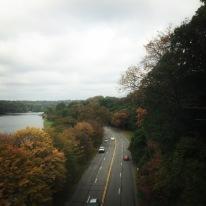 एकच रस्ता आणि वेगवेगळे ऋतू